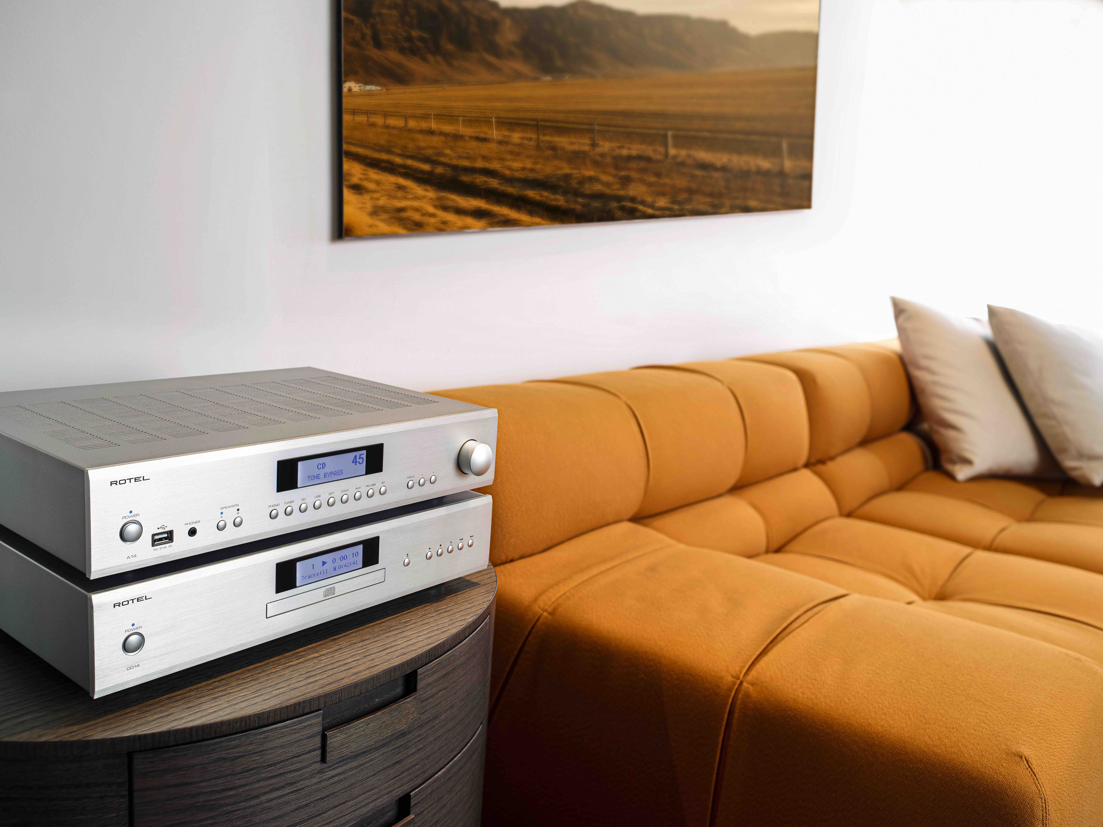 Rotel 14 Series A14/A12 Integrated Amplifiers & CD Player Preview