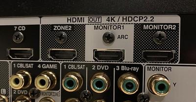 Denon X8500H 3 HDMI outputs