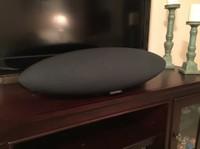Bowers and Wilkins Zeppelin Wireless Speaker Review