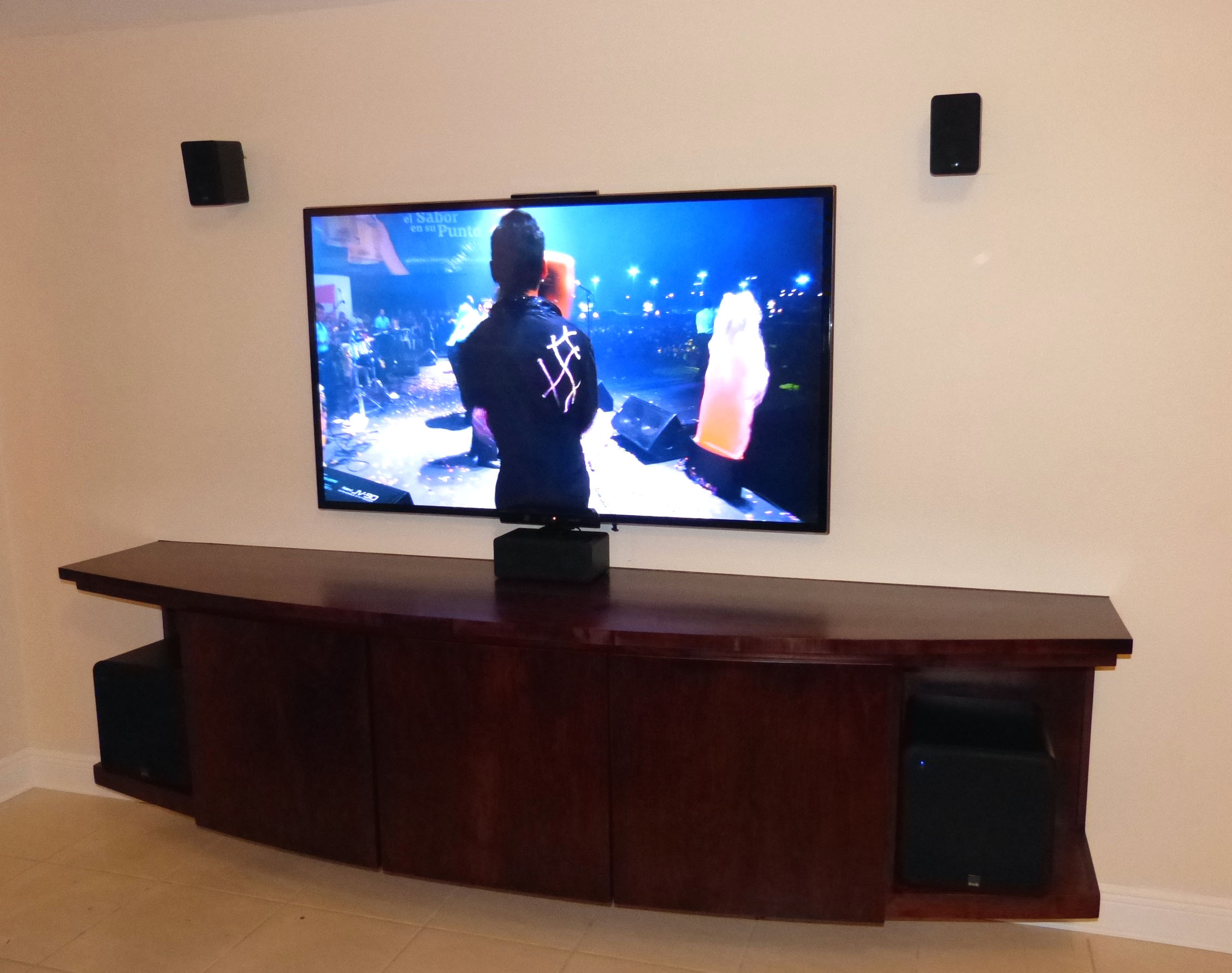 Building a Spouse Approved Home Theater Solution | Audioholics