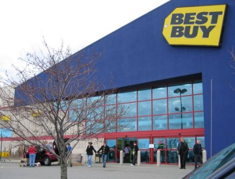 Best Buy Adopts Circuit City Success Plan