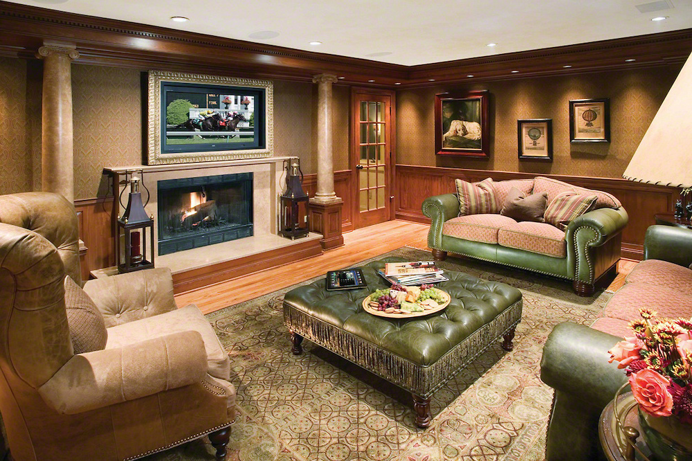 The Hidden Home Theater Hiding Surround Sound In An Older