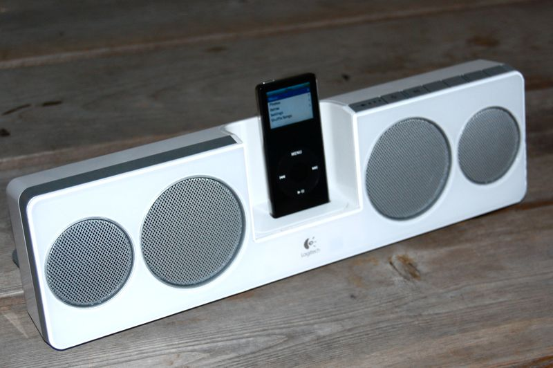 Logitech+Pure-Fi+Anywhere+Compact+Speakers+for+iPod+Review