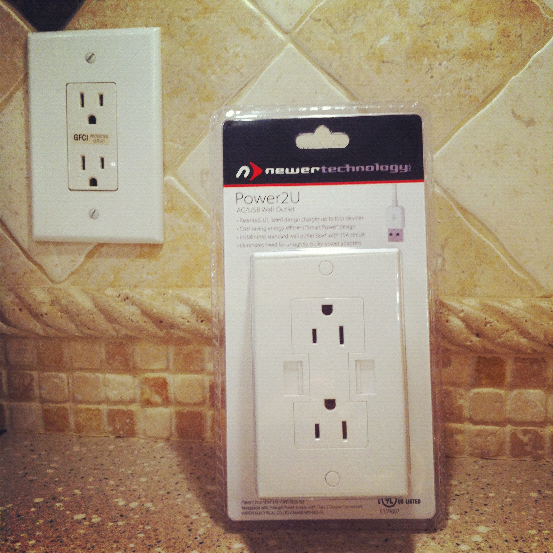 Newer+Technology+Power2U+USB+Receptacle+Review
