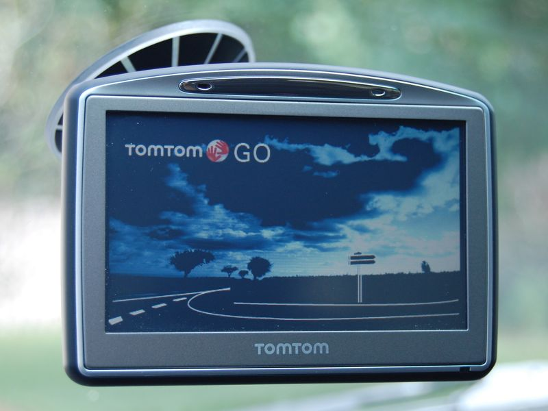 TomTom+GO+720+Portable+Car+Navigation+System+Review