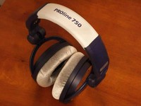 PROline-750-headphones.jpg