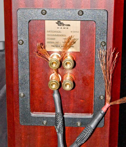 Magnificent Av Tip Avoid Short Circuits Save Your Amplifier Or Av Receiver Wiring Digital Resources Antuskbiperorg