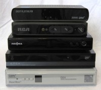 Digital converter box comparison shootout audioholics top to bottom and left to right digital stream rca insigniazenith apex digital channel master fandeluxe Choice Image