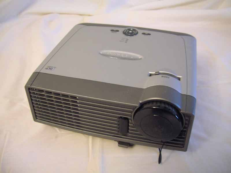 Optoma+EP749+DLP+Projector+Review