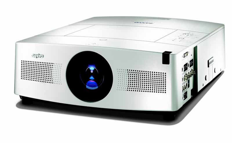 Sanyo+PLC-WTC500L+LCD+Multimedia+Projector+Review