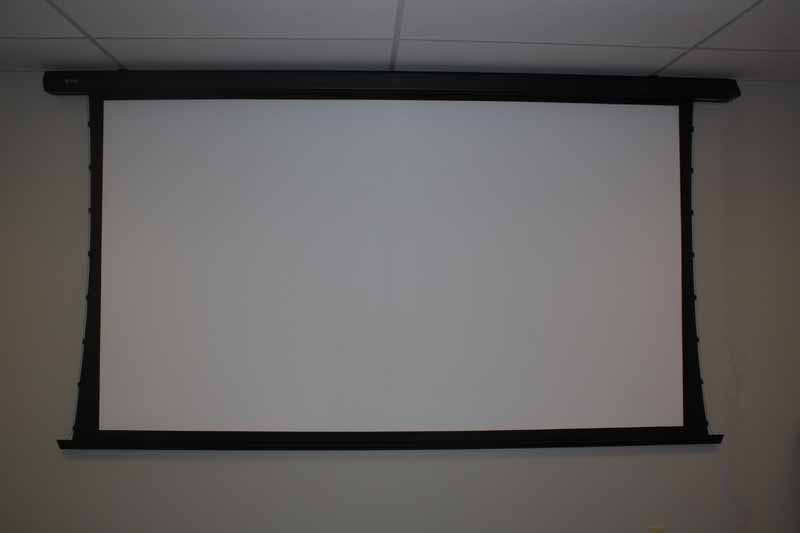 Vapex 120 tensioned electric projector screen review for Motorized projector screen reviews
