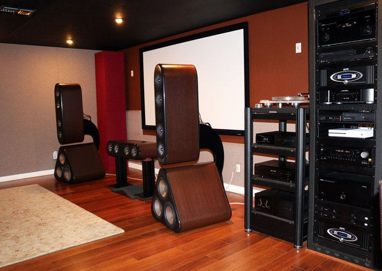 Status Acoustics 8T Audioholics Theater Room