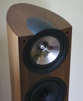 kef tower speakers. the system included a pair of iq9 tower speakers for front left and right, an iq6 center channel speaker, iq8ds dipole rear effect speakers, kef