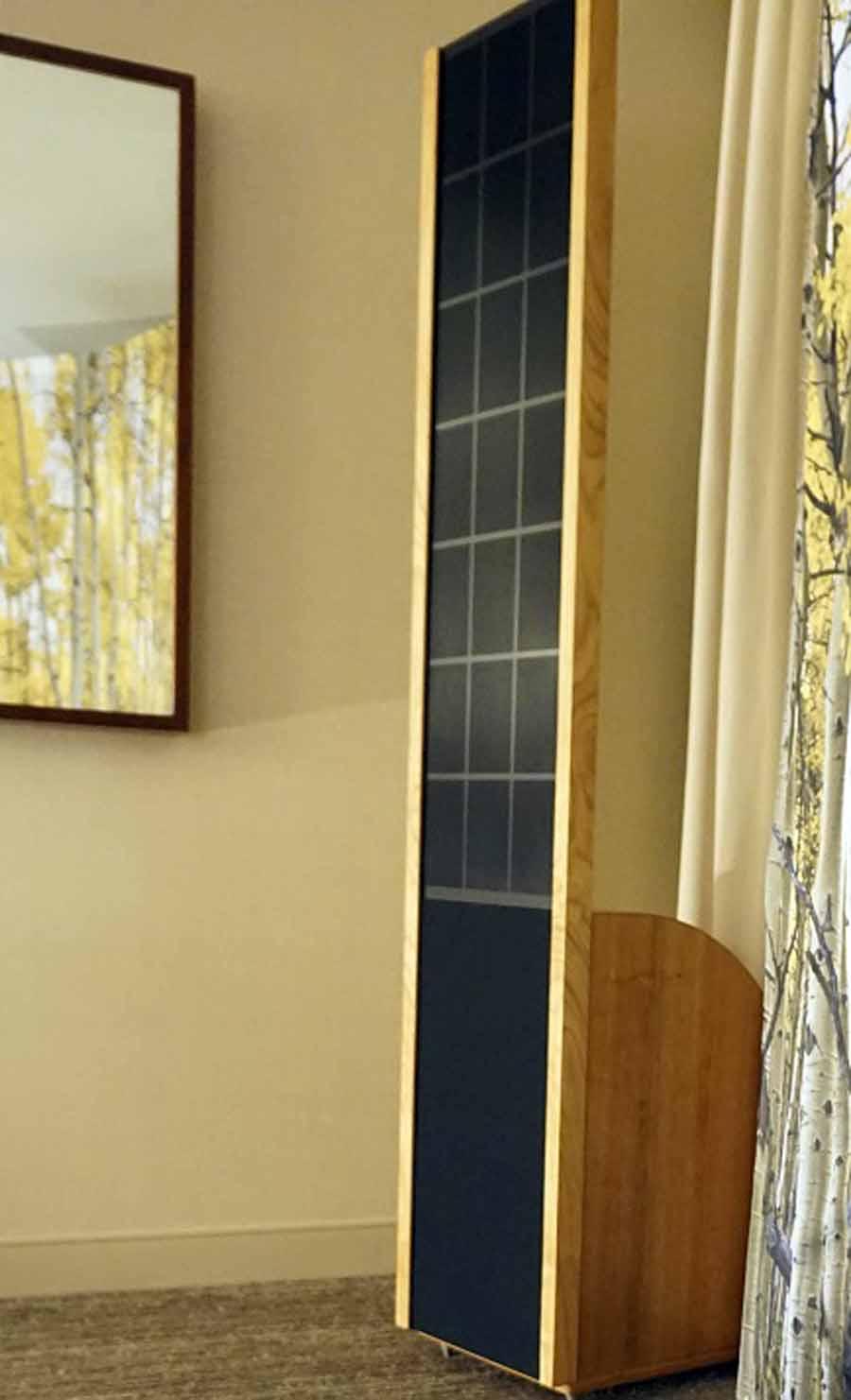 Sanders Sound Model 10e Electrostatic Speaker Preview | Audioholics