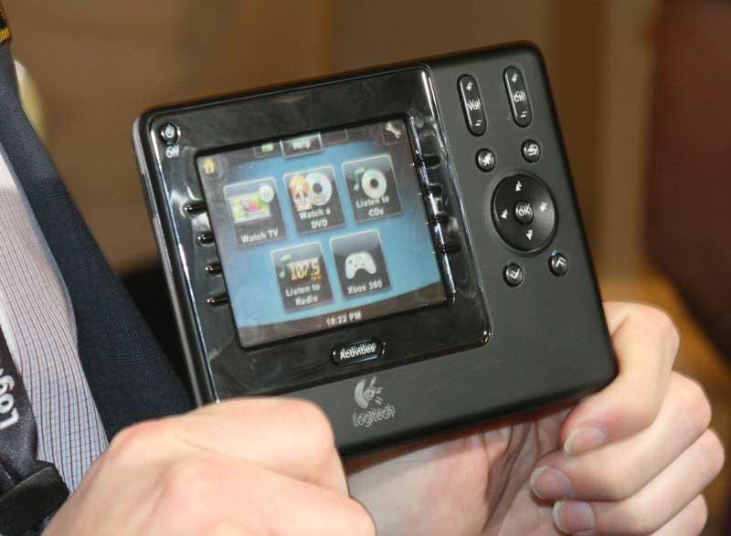 logitech harmony 1100 rf touchscreen remote audioholics rh audioholics com Harmony 1100 Review Logitech Harmony 1100 Manual